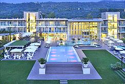 Golf italien golf hotel und golfurlaub im for Design hotels norditalien