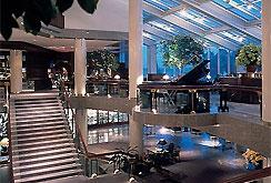 golf deutschland nordrhein westfalen golfhotel in k ln hyatt regency k ln im. Black Bedroom Furniture Sets. Home Design Ideas