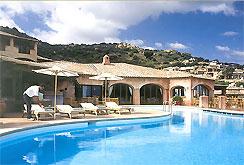 Golf italien sardinien golf hotel und golfurlaub im for Sardinien design hotel